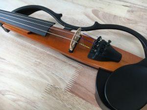 【短期間で上達するコツ】電子バイオリン初心者セットのおすすめ